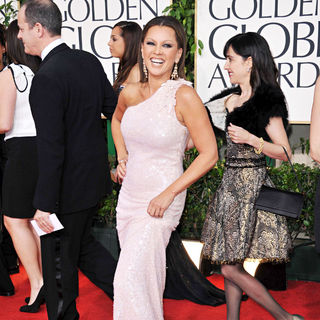 Vanessa Williams in 68th Annual Golden Globe Awards - Arrivals
