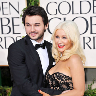 Matt Rutler, Christina Aguilera in 68th Annual Golden Globe Awards - Arrivals