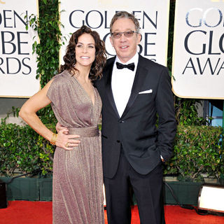 Jane Hajduk, Tim Allen in 68th Annual Golden Globe Awards - Arrivals