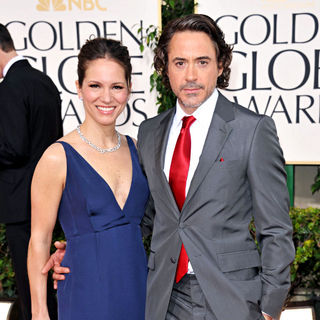 Susan Levin, Robert Downey Jr. in 68th Annual Golden Globe Awards - Arrivals