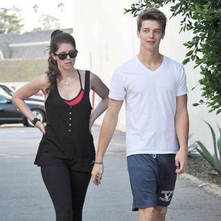 Katherine Schwarzenegger, Patrick Schwarzenegger in Katherine Schwarzenegger and Patrick Schwarzenegger Enjoy A Day Out with Their Father