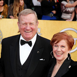 Ken Howard, Roberta Reardon in The 17th Annual Screen Actors Guild Awards (SAG Awards 2011) - Arrivals