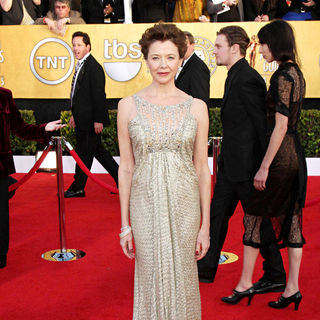 Annette Bening in The 17th Annual Screen Actors Guild Awards (SAG Awards 2011) - Arrivals