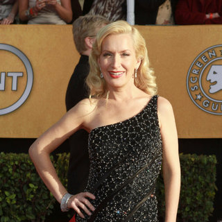Angela Kinsey in The 17th Annual Screen Actors Guild Awards (SAG Awards 2011) - Arrivals