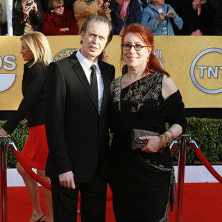 Steve Buscemi, Jo Andres in The 17th Annual Screen Actors Guild Awards (SAG Awards 2011) - Arrivals