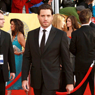 Edgar Ramirez in The 17th Annual Screen Actors Guild Awards (SAG Awards 2011) - Arrivals