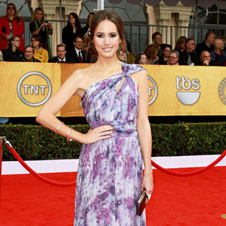 Louise Roe in The 17th Annual Screen Actors Guild Awards (SAG Awards 2011) - Arrivals