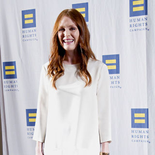 Julianne Moore in 2011 Greater New York Human Rights Campaign Gala