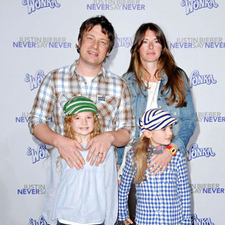 "Jamie Oliver, Jools Oliver in Los Angeles Premiere of ""Justin Bieber: Never Say Never"""