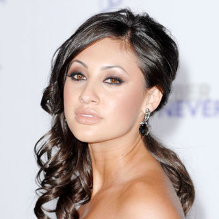 "Francia Raisa in Los Angeles Premiere of ""Justin Bieber: Never Say Never"""