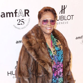 Dionne Warwick in AmFar's New York Gala 2011 Ahead of Mercedes-Benz Fashion Week