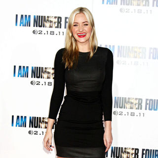 Amanda Michalka in Los Angeles Premiere of 'I Am Number Four'