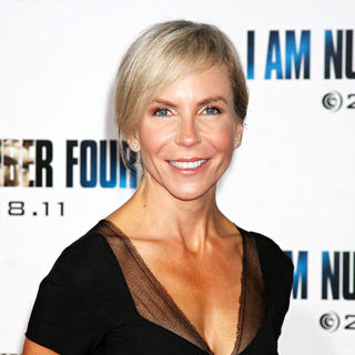 Marti Noxon in Los Angeles Premiere of 'I Am Number Four'