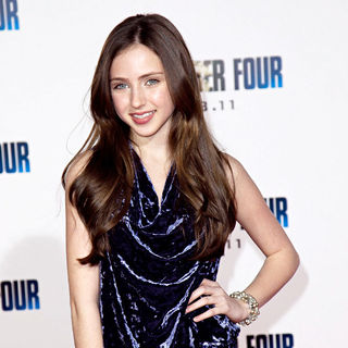 Ryan Newman in Los Angeles Premiere of 'I Am Number Four'