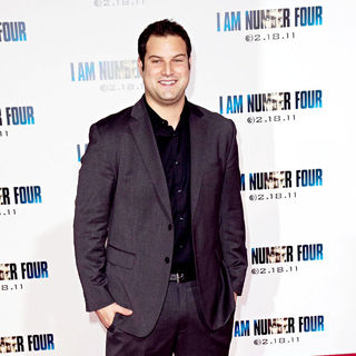Los Angeles Premiere of 'I Am Number Four' - wenn3200415