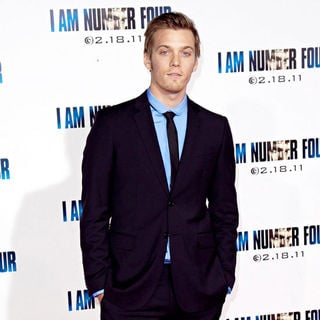 Jake Abel in Los Angeles Premiere of 'I Am Number Four' - wenn3200460