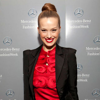 Petra Nemcova in Mercedes-Benz IMG New York Fashion Week Fall 2011 - Vivienne Tam - Backstage
