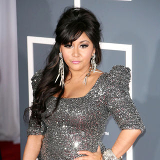 Snooki in The 53rd Annual GRAMMY Awards - Red Carpet Arrivals