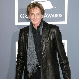 Barry Manilow in The 53rd Annual GRAMMY Awards - Red Carpet Arrivals