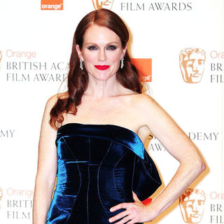 Julianne Moore in 2011 Orange British Academy Film Awards (BAFTAs) - Press Room