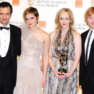 David Heyman, Emma Watson, J.K. Rowling, Rupert Grint in 2011 Orange British Academy Film Awards (BAFTAs) - Press Room