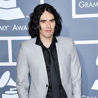 Russell Brand in The 53rd Annual GRAMMY Awards - Red Carpet Arrivals