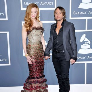 Nicole Kidman, Keith Urban in The 53rd Annual GRAMMY Awards - Red Carpet Arrivals
