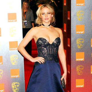 Jennifer Lawrence in 2011 Orange British Academy Film Awards (BAFTAs) - Arrivals