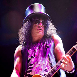 Slash - Slash Performs Live in Concert at The House of Blues