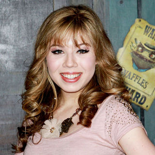 "Jennette McCurdy in Los Angeles Premiere of ""Rango"""
