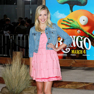 "Gracie Dzienny in Los Angeles Premiere of ""Rango"""