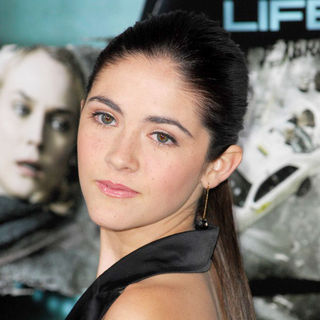 Isabelle Fuhrman in The Los Angeles Premiere of 'Unknown' - Arrivals