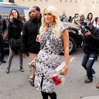 Paris Hilton in Paris Hilton Arriving at A Television Studio in New York
