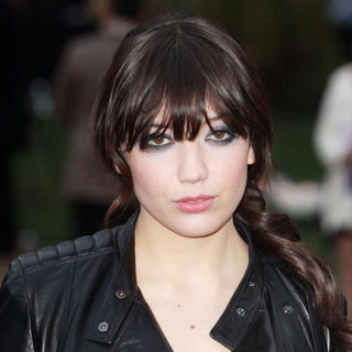 Daisy Lowe in London Fashion Week A/W 2011 - Burberry Prorsum - Arrivals