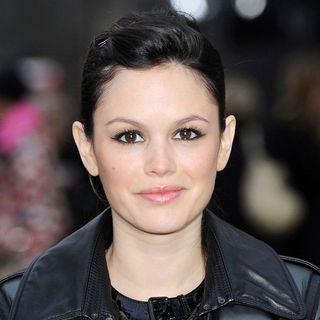 Rachel Bilson in London Fashion Week A/W 2011 - Burberry Prorsum - Arrivals