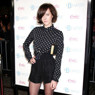 Jena Malone in Candie's Presents The Los Angeles Premiere of 'Beastly' - Arrivals
