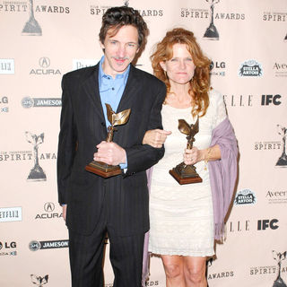 John Hawkes, Dale Dickey in The 2011 Film Independent Spirit Awards - Press Room
