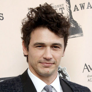 James Franco in The 2011 Film Independent Spirit Awards - Press Room