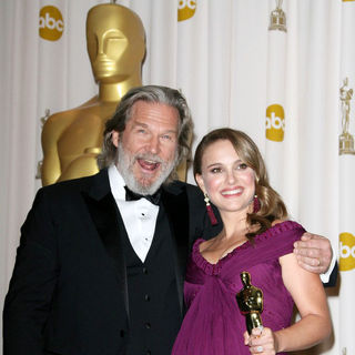 Jeff Bridges, Natalie Portman in 83rd Annual Academy Awards (Oscars) - Press Room