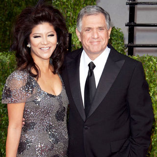 Julie Chen, Leslie Moonves in 2011 Vanity Fair Oscar Party - Arrivals