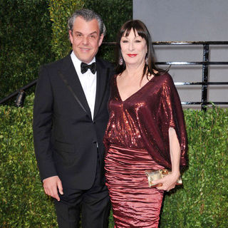 Danny Huston, Anjelica Huston in 2011 Vanity Fair Oscar Party - Arrivals