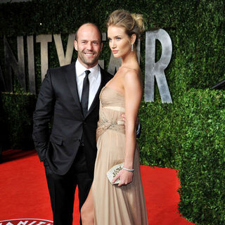 Jason Statham, Rosie Huntington-Whiteley in 2011 Vanity Fair Oscar Party - Arrivals