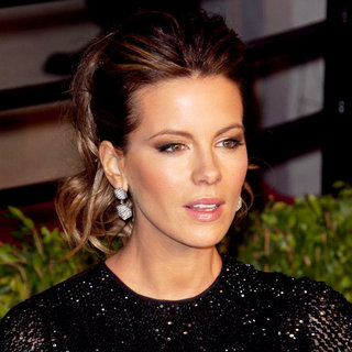 Kate Beckinsale in 2011 Vanity Fair Oscar Party - Arrivals