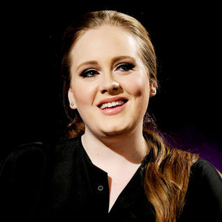 Adele - Adele Appears on 'MTV Live'