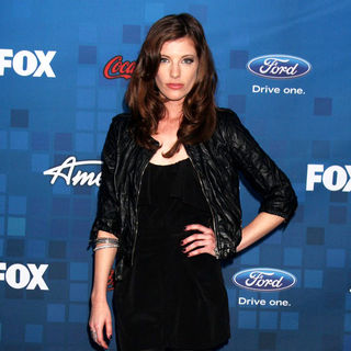 Devon Kelly in The American Idol Season 10 Top 13 Finalists Party