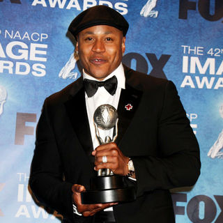 LL Cool J in 42nd NAACP Image Awards - Press Room