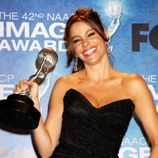 Sofia Vergara in 42nd NAACP Image Awards - Press Room