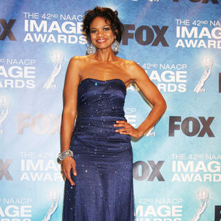 Kimberly Elise in 42nd NAACP Image Awards - Press Room