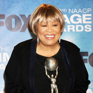 Mavis Staples in 42nd NAACP Image Awards - Press Room