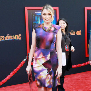 Clare Grant in The Los Angeles Premiere of 'Mars Needs Moms!'